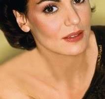 Maia-Morgenstern--prima-actrita-cu-stea-pe-Aleea-Celebritatilor--Video-